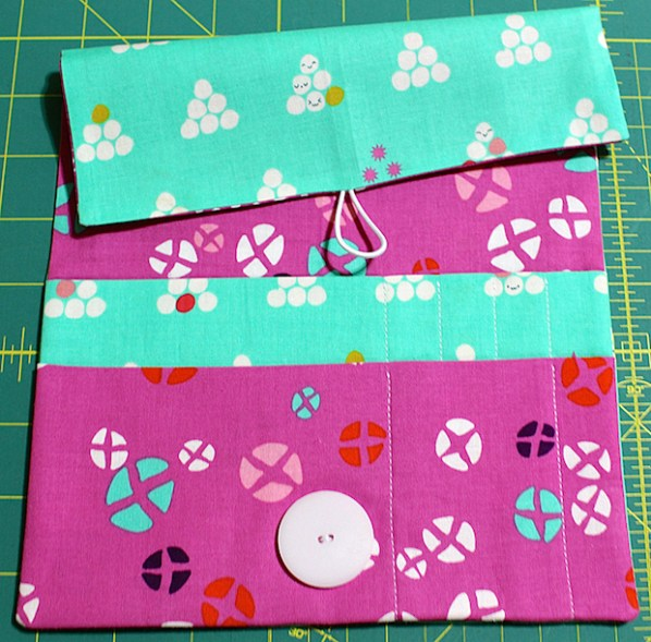 Perfect Project Carrier: Crochet on the Go Bag