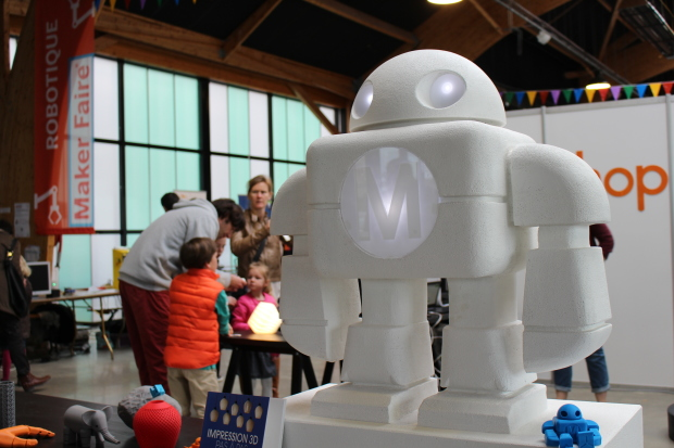 The robot-carved statue of Makey — the Maker Faire mascot  — is the first thing that greets you when you arrive at the Saint-Malo Mini Maker Faire