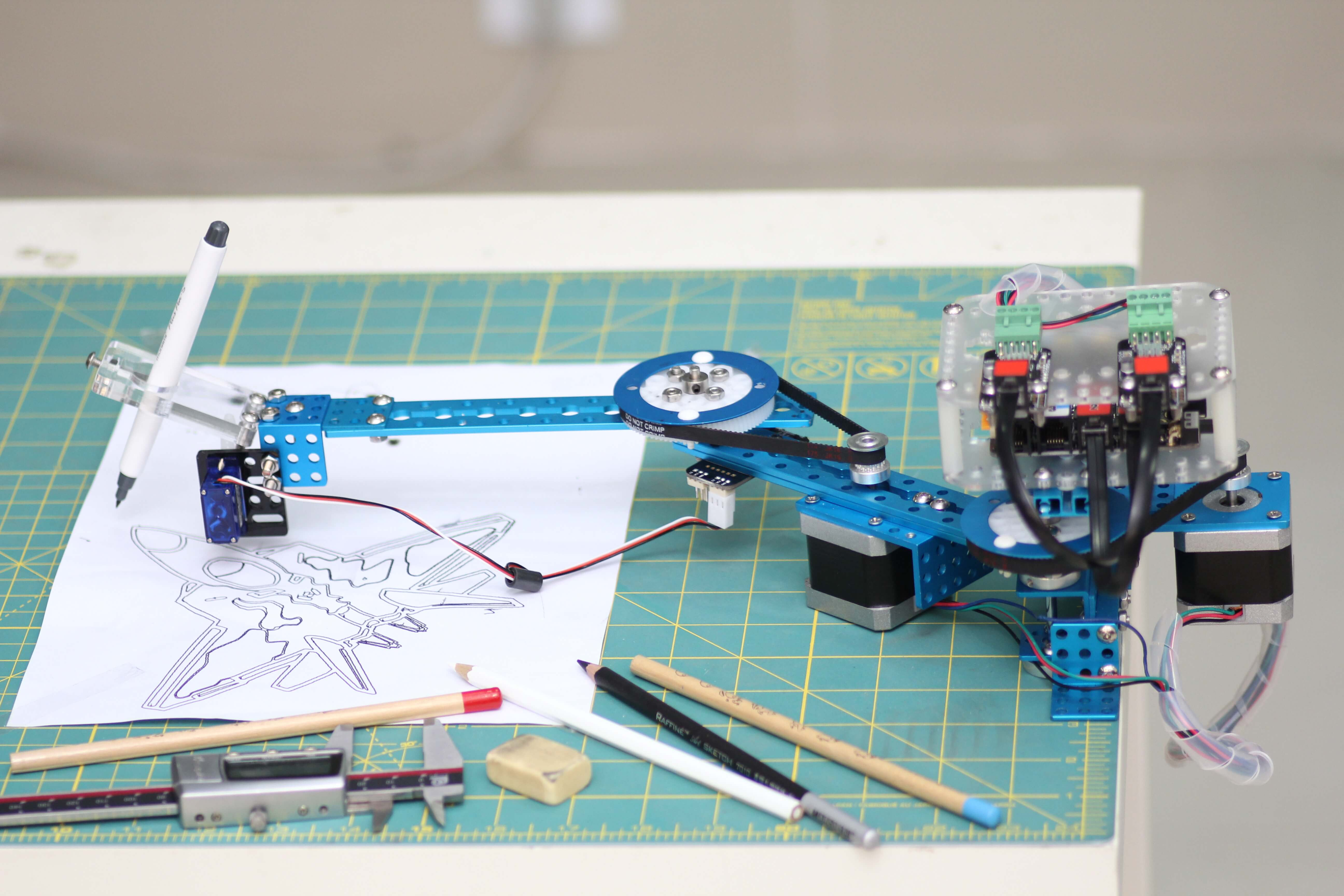 4-in-1 Drawbot Decorates Walls, Floors, Eggs, More | Make: