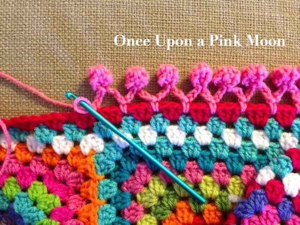 Cute Crochet: Pom-Pom Edging for Blankets and Beyond