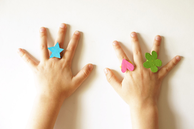 Kid Crafts: Recycled Cardboard Rings