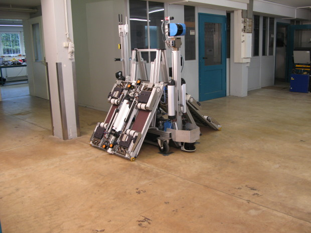 The AVERT deployment platform- complete with robots and vehicle lift.