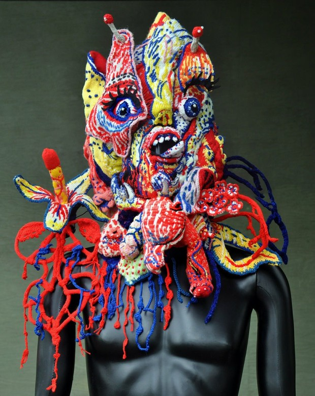 brutal-knitting-illustrated-mask