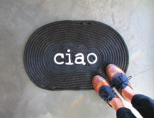 Say Hello: DIY Ciao Rope Door Mat
