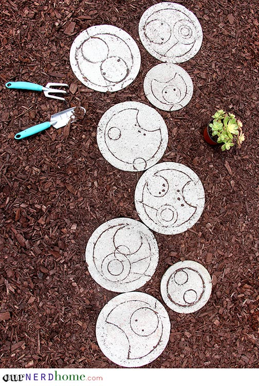 Backyard Spoilers, Sweetie: Doctor Who-Inspired Stepping Stones