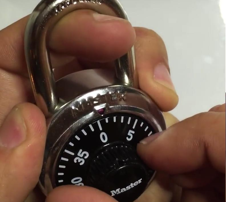 Hacker Defeats a Master Combo Lock in Under Eight Tries