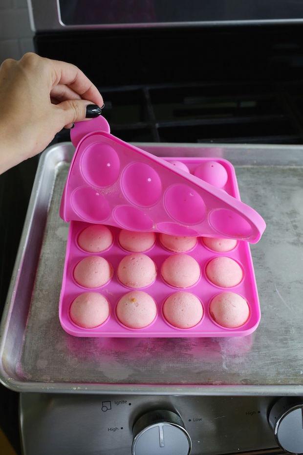 Party Fun: Polka Dot Cake
