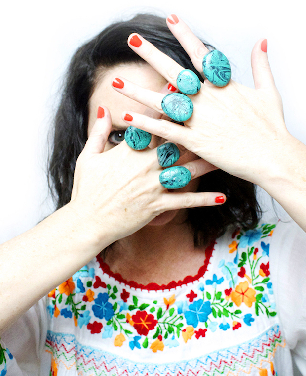 Marbling Magic: Make Faux Turquoise Rings with Nail Polish and Rocks