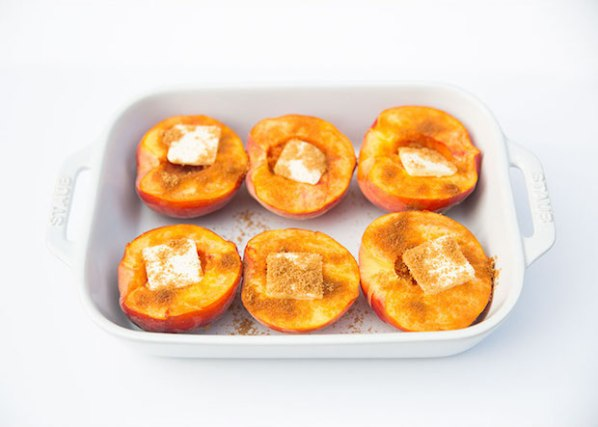 Summer Desserts: Easy Baked Peaches