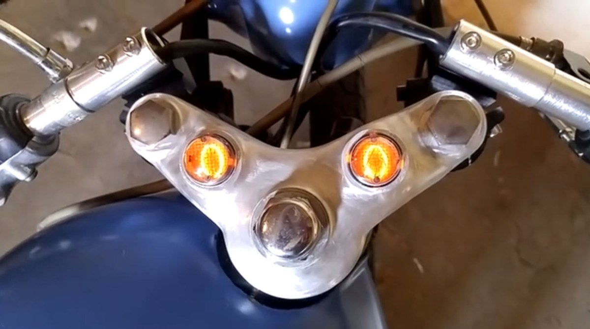 This Nixie Tube Speedometer Gives Retro-Futuristic Life to a 70s Motorcycle