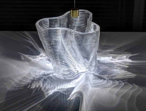 3D Printed Glass Vase Showing Illumination Paterns