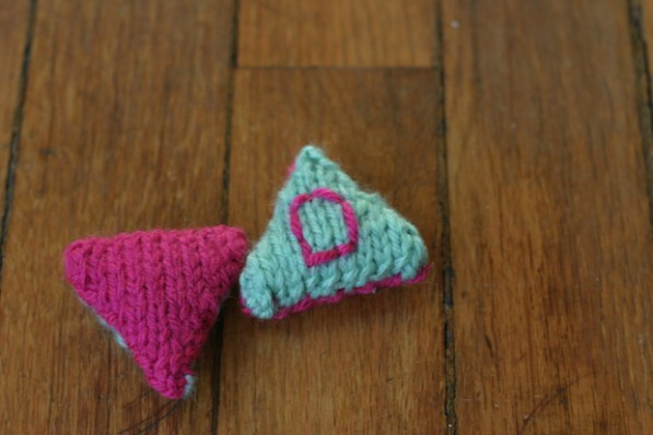 Make Some Fun Knitted Cat Toys for Your Feline Friends