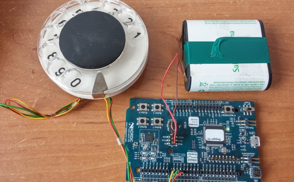 Dial Like a Hipster: Make a Bluetooth Rotary Dial