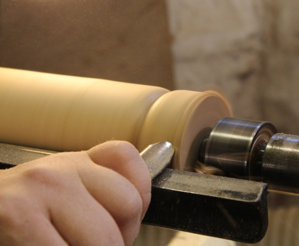 A Spindle Gouge in Action