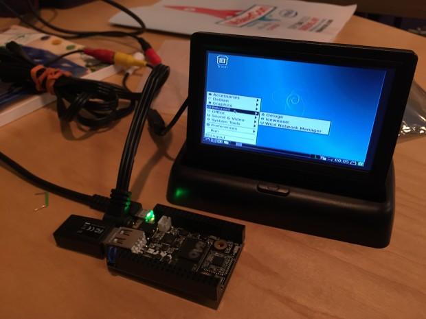 CHIP alpha unit running Debian 8 at MakerCon