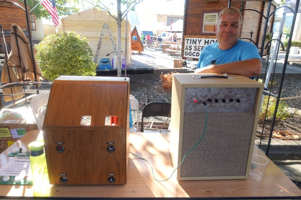 Mark Keppinger's Theremin and Vacuum Tube Amp