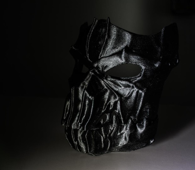 Creepy prints for halloween: Dark Mask