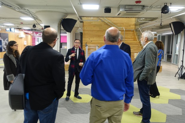 Ian Charnas leads a tour of think[box]