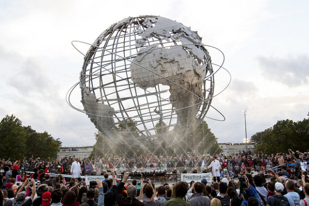 Diet Coke and Mentos at UniSphere