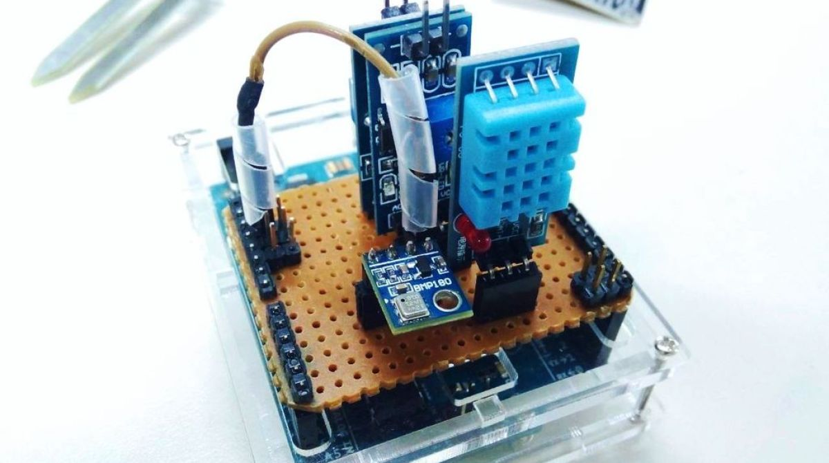 Build Your Own Arduino Weather Station Make Circuit Article Featured Image