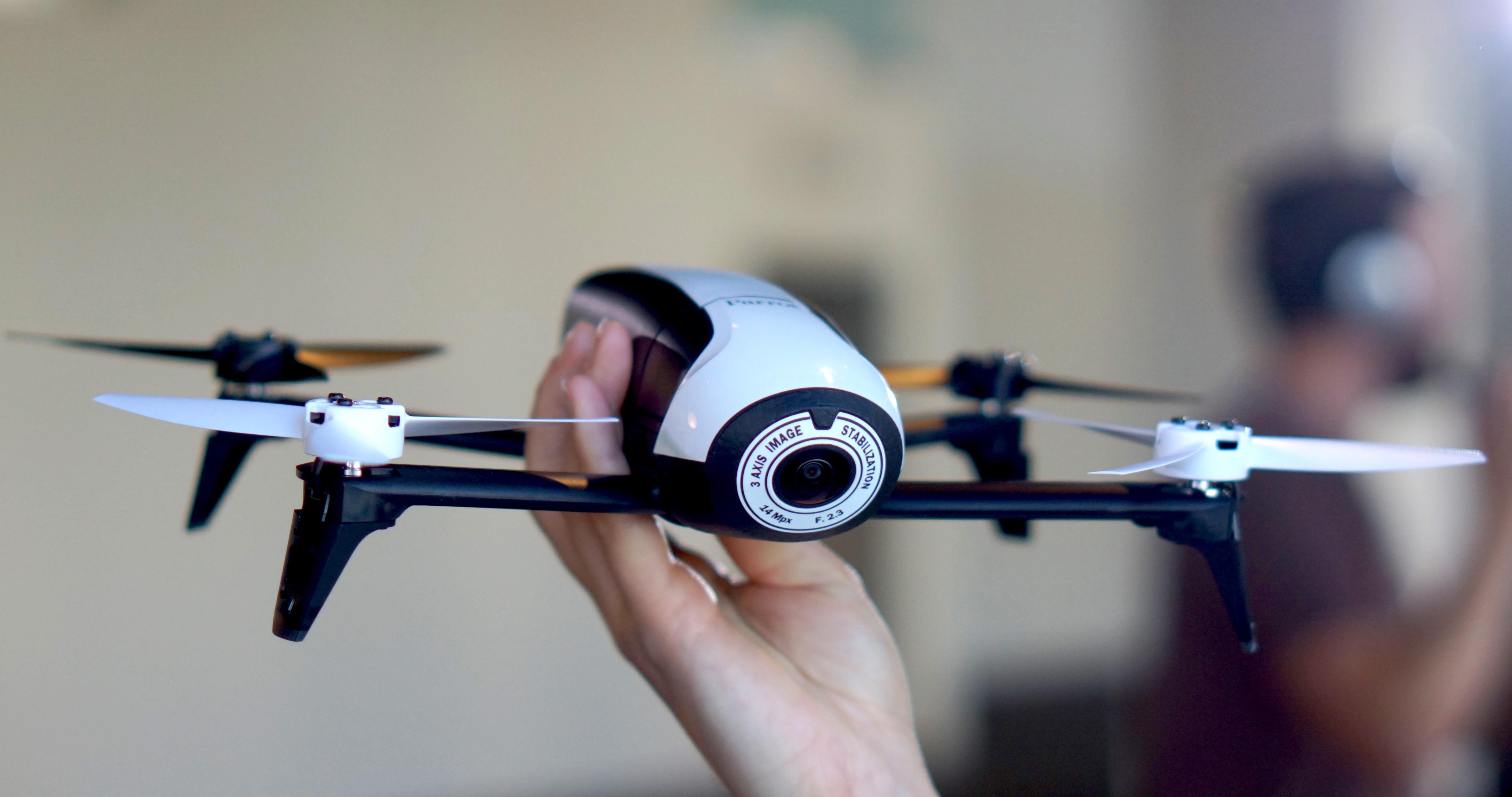 parrot announces lighter longer flying bebop 2 drone make. Black Bedroom Furniture Sets. Home Design Ideas