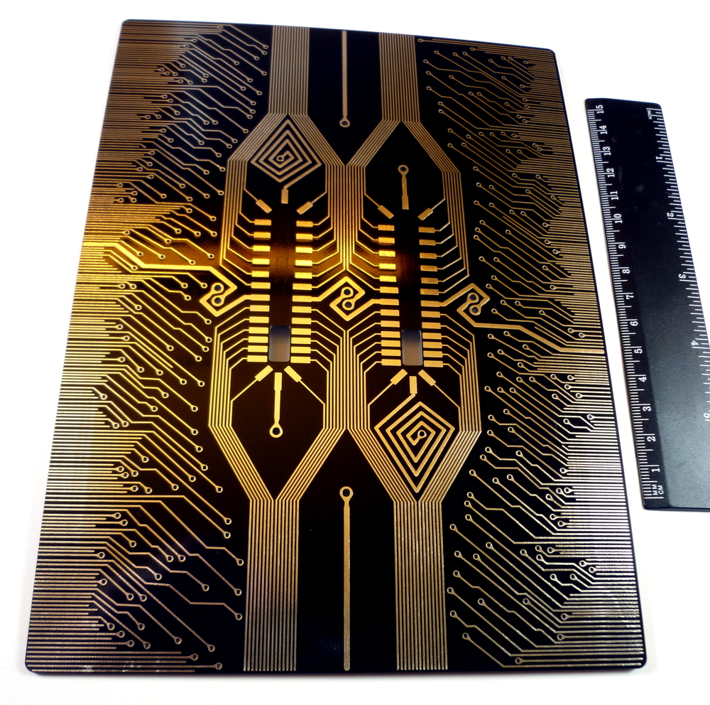 Marie Claire Pairs Stylized Pcb Designs With Luxury Jewelry Make Tutorial On Printed Circuit Board Design Boldports For Chopard The Two Empty Spaces In Middle That Look Like Theyre Made Surface Mount Integrated Circuits Are Actually A