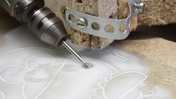 CNC V0.6 engraving glass