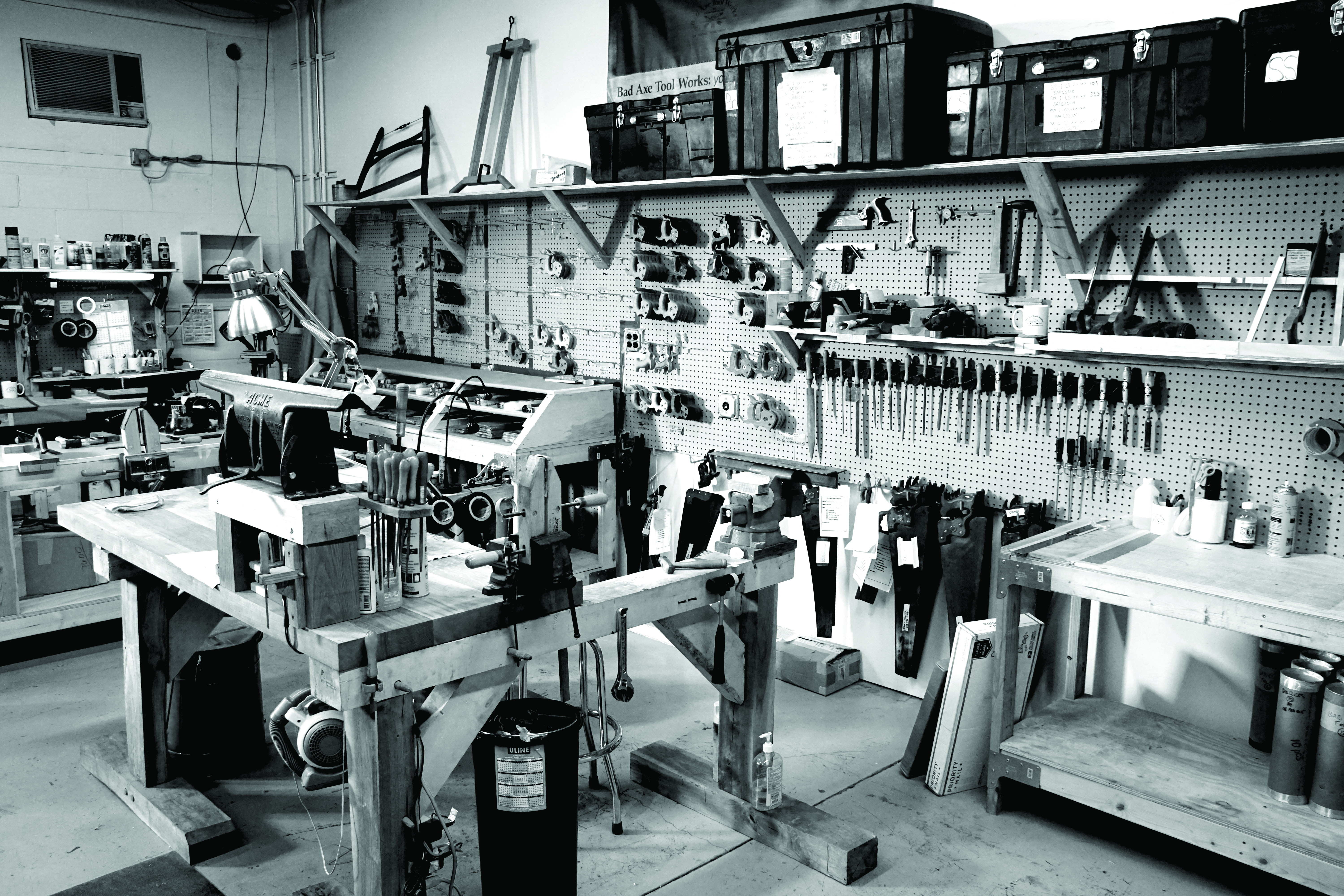 Unplugged Tools: A Maker's Journey to Revive Traditional Woodworking
