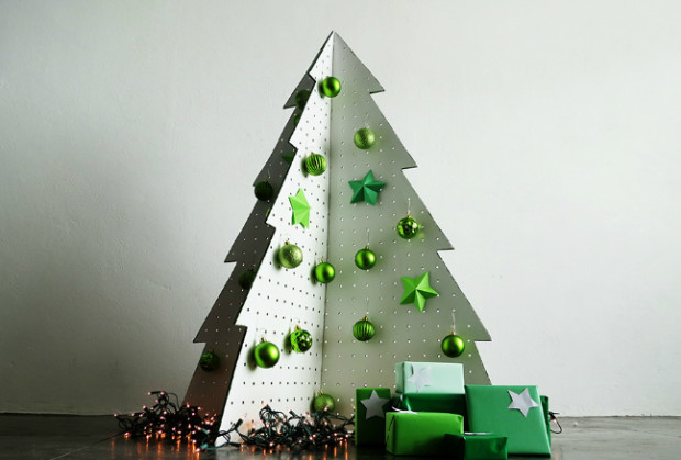 PegboardChristmasTree_Main02