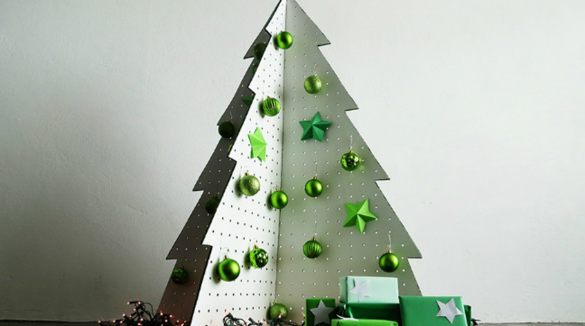 6 Fake Christmas Trees You Can Fold, 3D Print, or Wire Up at Home ...
