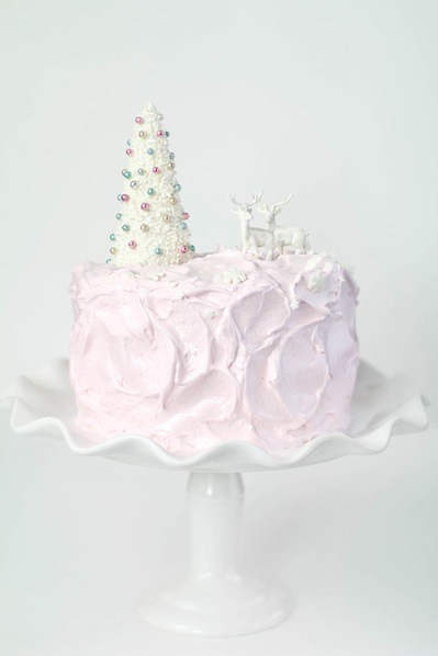 sprinklebakes_eggnog_cake_with_pink_marshmallow_frosting