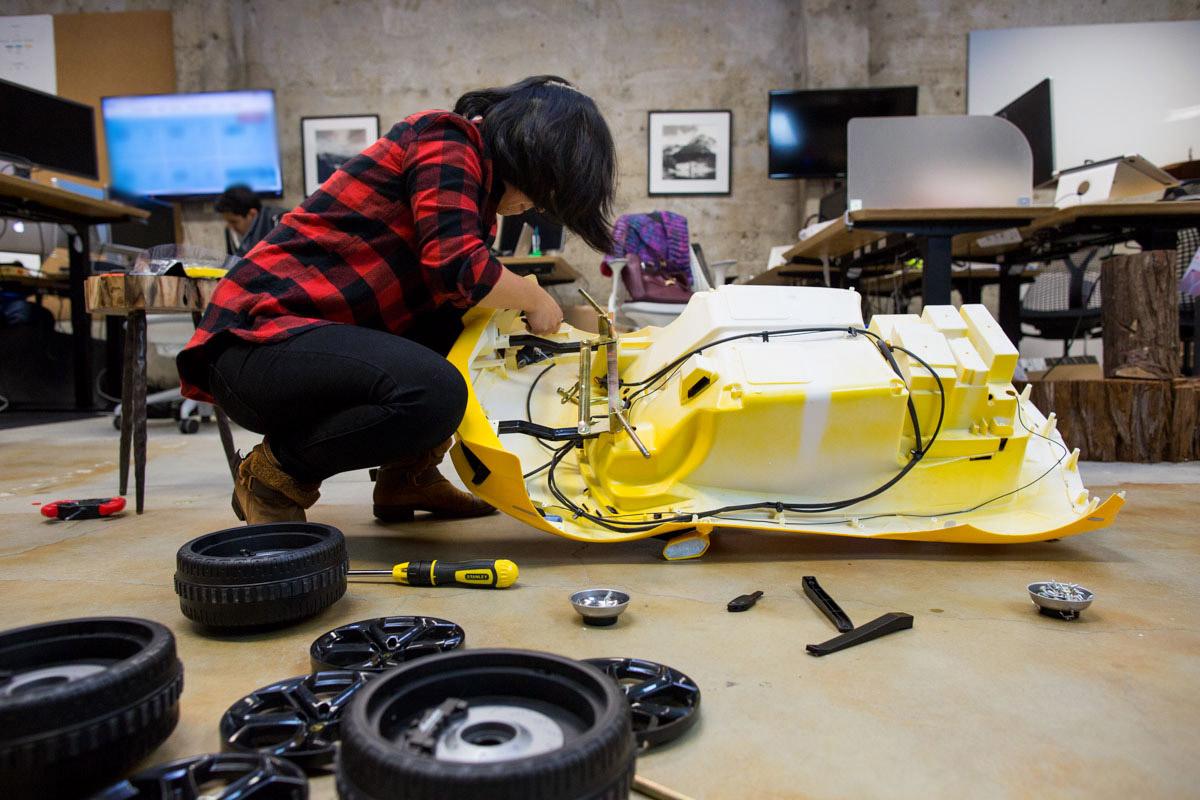 Exploring the Insides of a Power Wheels Lamborghini