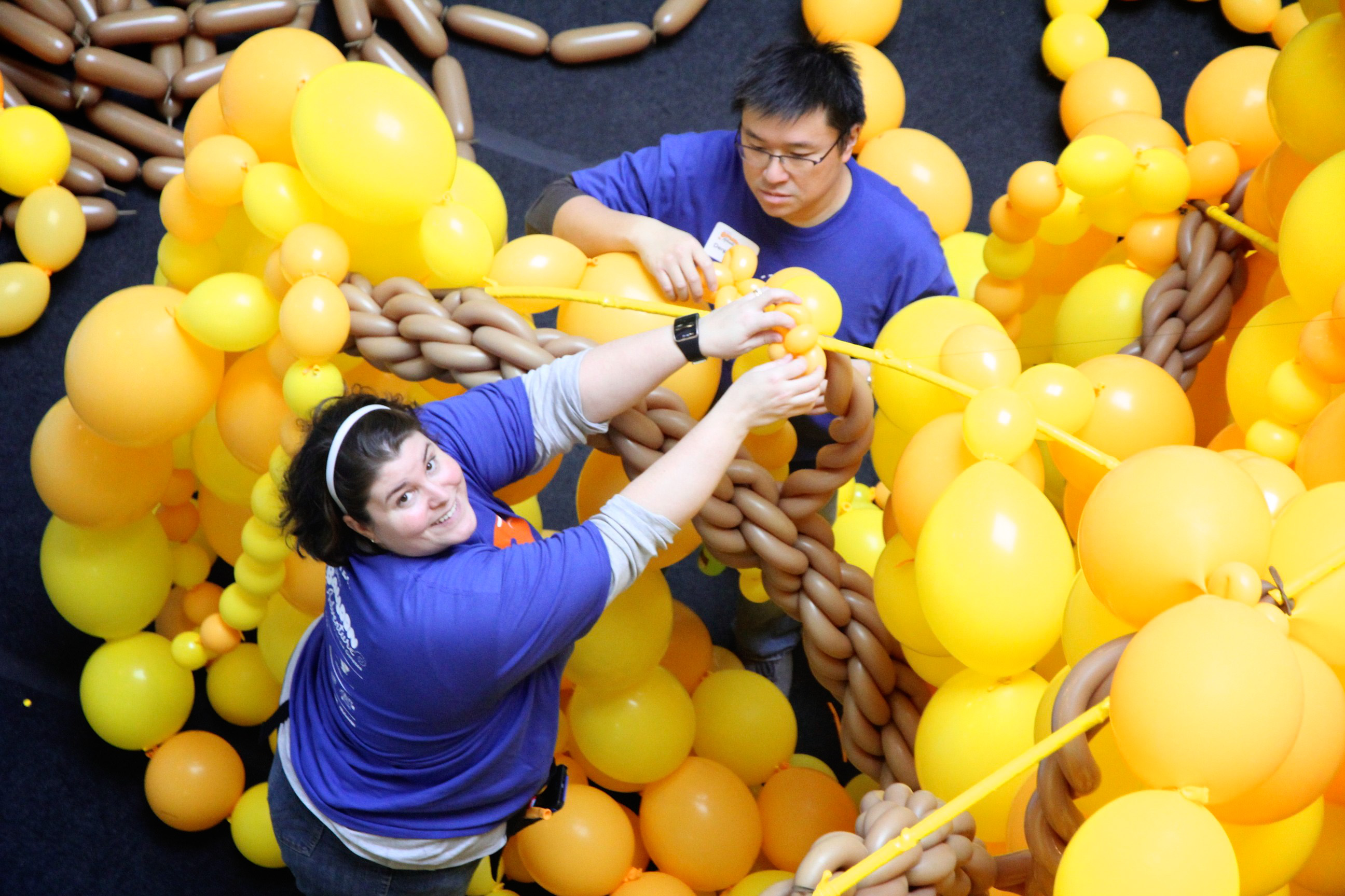 Sculpting Massive Scenes with Balloons Brings a New Twist to STEM Education