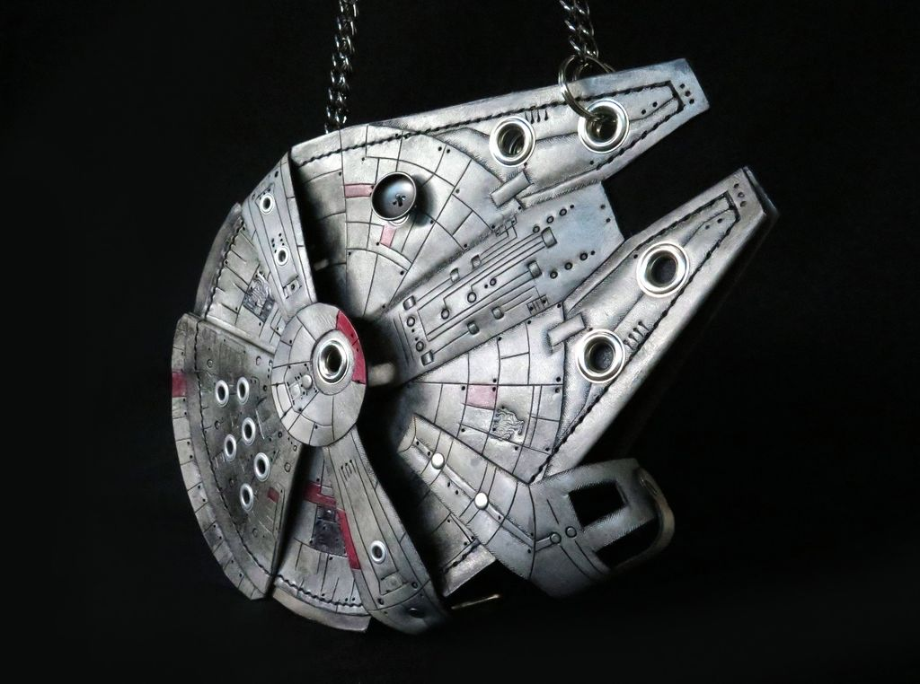 Ridiculously Cool DIY Millennium Falcon Purse