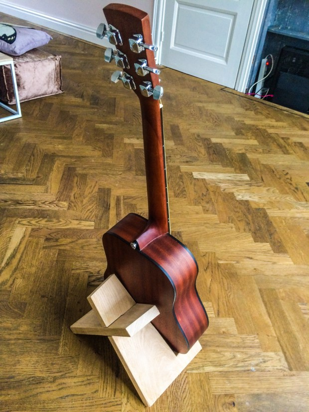 Build This Simple Guitar Stand from a Single Board of Wood ...