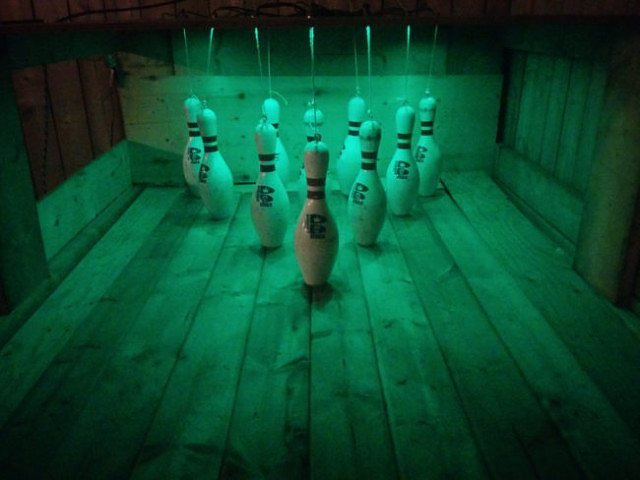 DIY-Backyard-Bowling-Alley_4