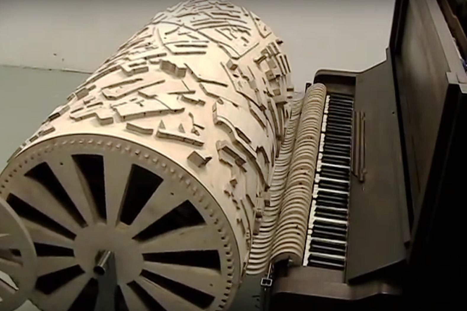 Watch How a Cityscape Composes Its Own Song on a Player Piano
