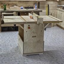 DIY Folding Woodworking Workbench