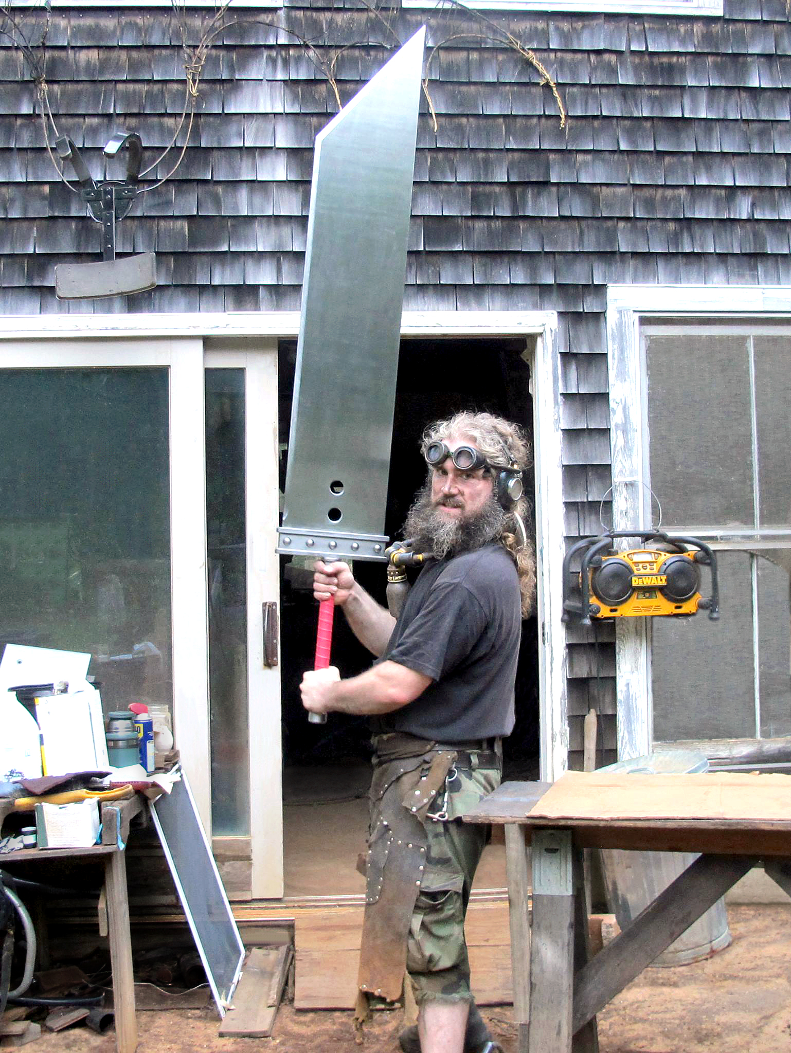Weekend Watch: Building Comically Giant Swords with Michaelcthulhu