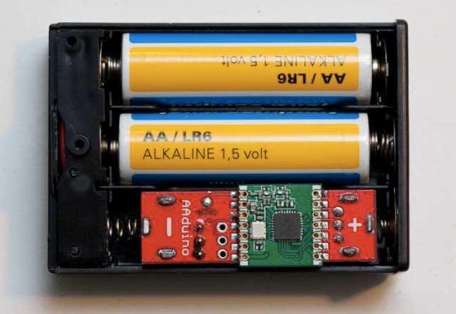 arduino-aaduino-in-a-battery-box