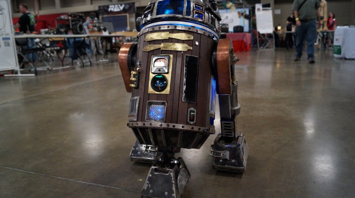 R2-D2 Gets a Steampunk Makeover at Maker Faire Austin