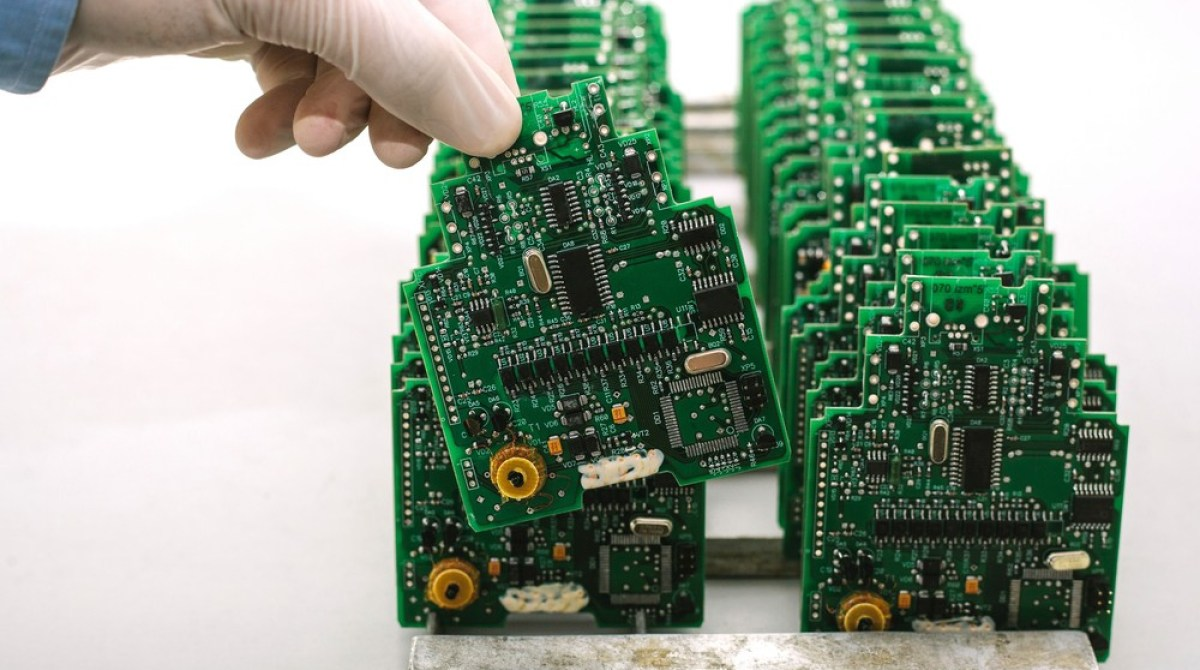 Turn Your Electronics Project Into A Sellable Product Make High Quality Electronic Printed Circuit Board Design Pcb Manufacturer Article Featured Image