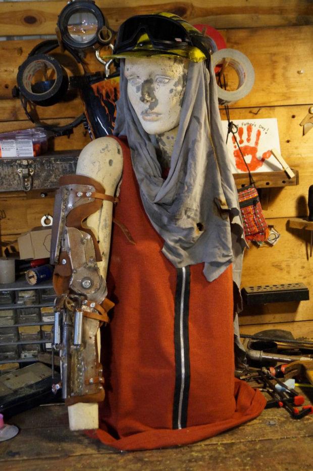 recore costume on dummy