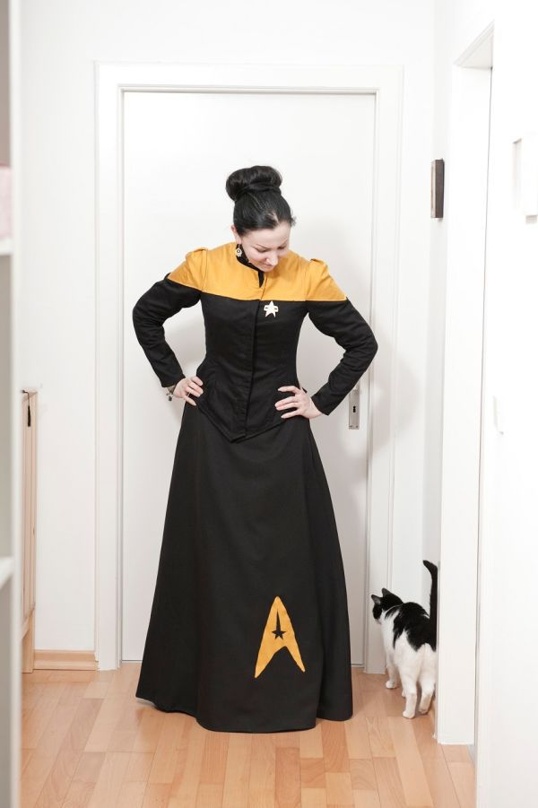 victorian-star-trek-costumes_1