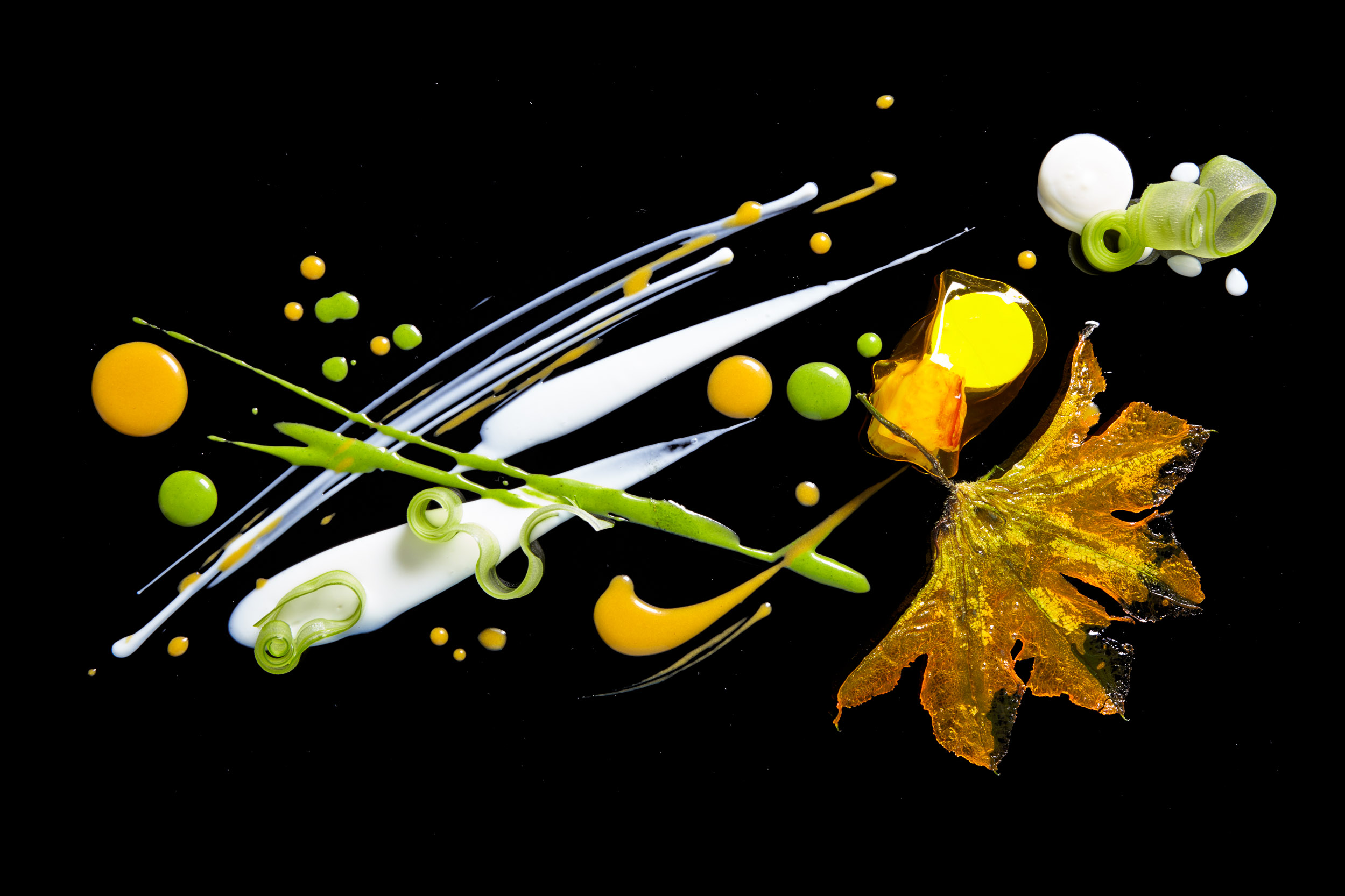 New Technology and Old Techniques Combine at Alinea Restaurant