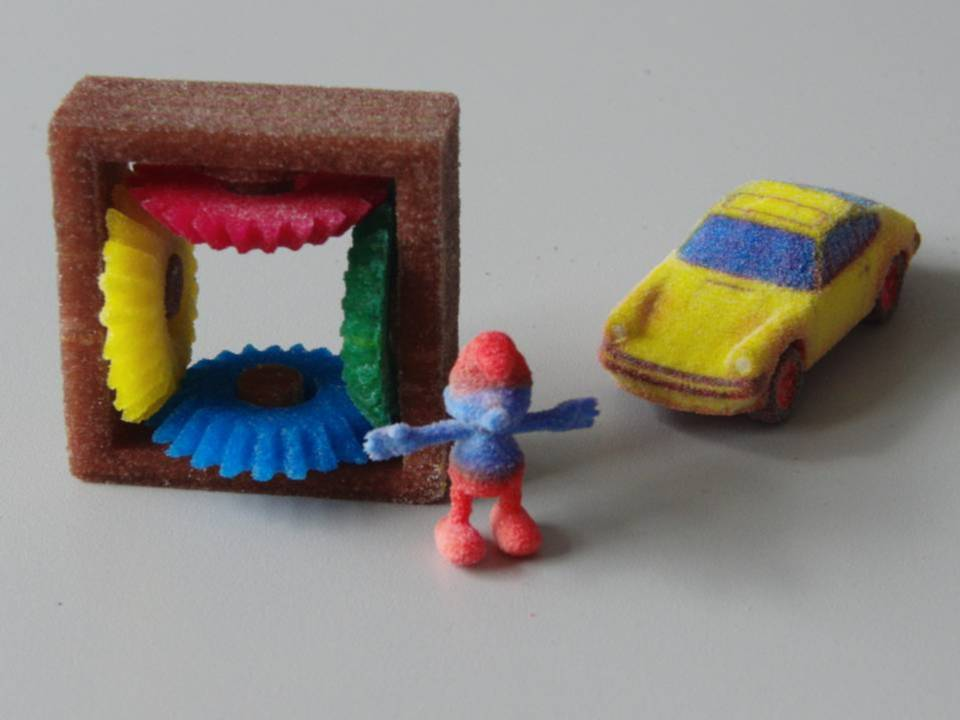 This Hack Turns Your 3D Printer into a Full-Color Candy Machine