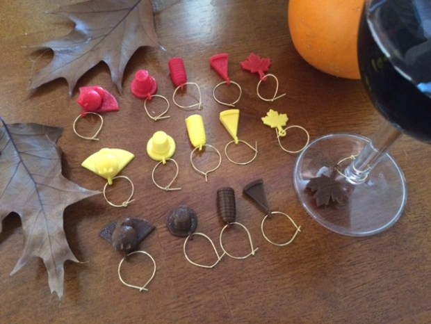 thanksgiving_wine_charm_set_2_preview_featured