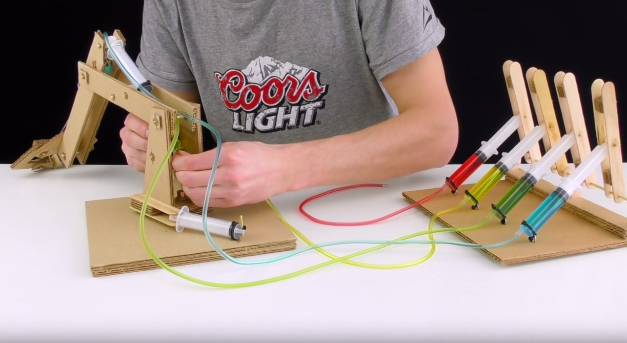 Making An Impressive Working Robotic Arm From Cardboard