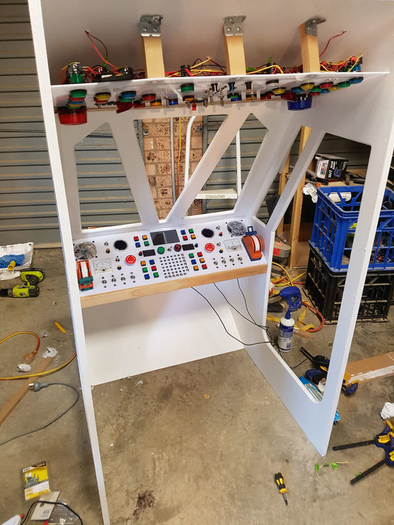 This Dad Goes Above And Beyond With A Space Ship Bunk Bed Build Make