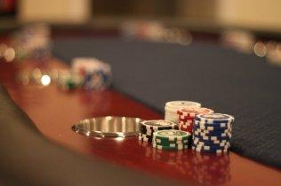poker_tables_03